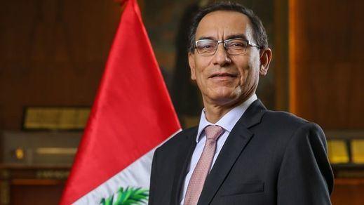 El Congreso de Perú destituye al presidente Vizcarra por su pasado presuntamente corrupto