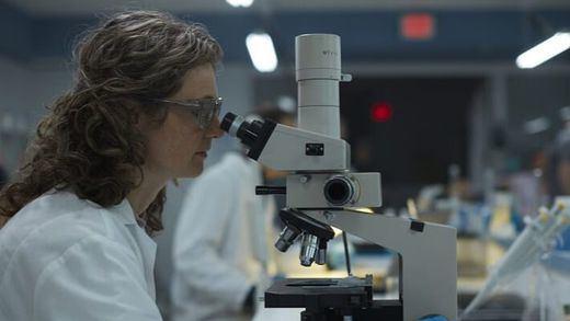 Datos clave sobre la vacuna de Pfizer: buenas perspectivas pero con algunas lagunas