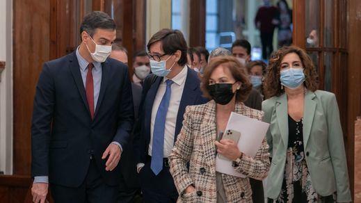 Los políticos y los medios, los peor valorados en la crisis del coronavirus según el CIS