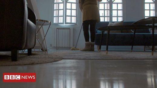 'El cuento de la criada' se hizo real en España durante el confinamiento: la BBC destapa un escándalo