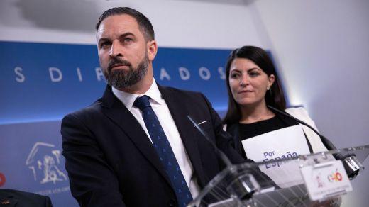 Barómetro del CIS: el PSOE sigue bajando y Vox recorta al PP tras la moción de censura fallida