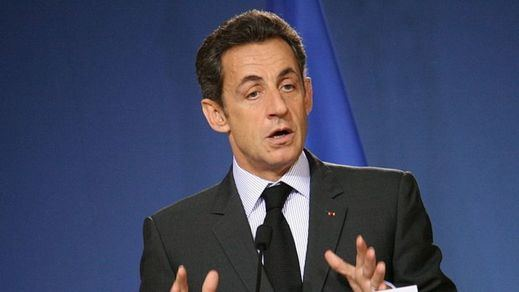 Juicio histórico en Francia: Sarkozy, expresidente del país, se sienta en el banquillo de los acusados