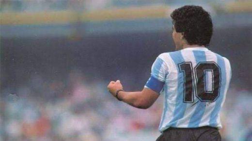 Twitter 'llora' la muerte de Maradona
