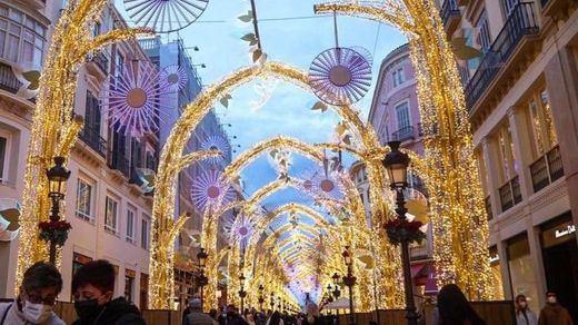 Polémica por las aglomeraciones ante el encendido de las luces navideñas
