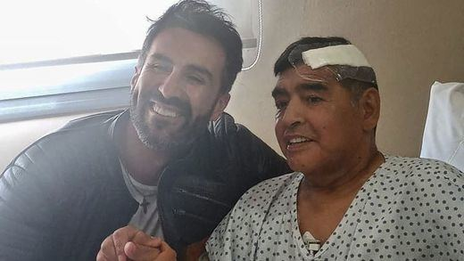 El médico de Maradona se defiende: hizo hasta lo imposible por un paciente