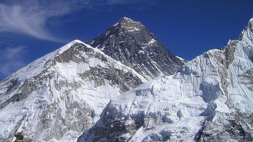 China y Nepal ponen fin a la polémica por la altura del Everest