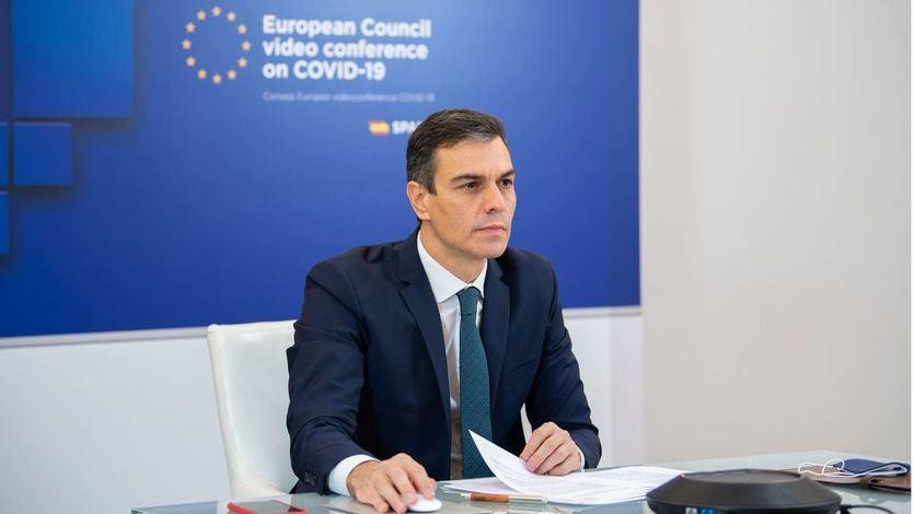 Sánchez pide desde Bruselas respetar la presunción de inocencia del rey emérito