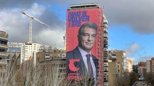 Laporta 'se instala' junto al Bernabéu en su campaña a la presidencia del Barça