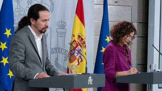 Montero e Iglesias restan importancia a las imágenes de su tensa charla en el Congreso