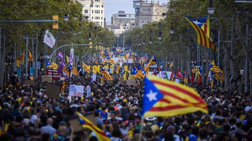 Más de un 60% de los catalanes quiere seguir formando parte de España, según la encuesta de la Generalitat