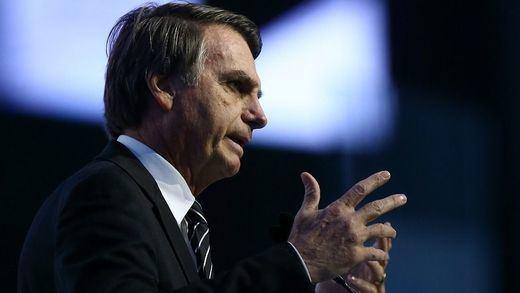 Bolsonaro critica la vacuna de Pfizer de la forma más extraña: