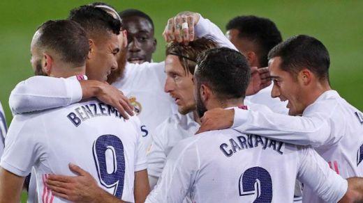 El Madrid también gana en Éibar (1-3), pero termina sufriendo y con un posible penalti de Ramos no señalado
