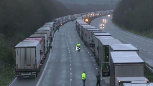 El drama de los transportistas españoles bloqueados en Reino Unido podría alargarse hasta nochevieja