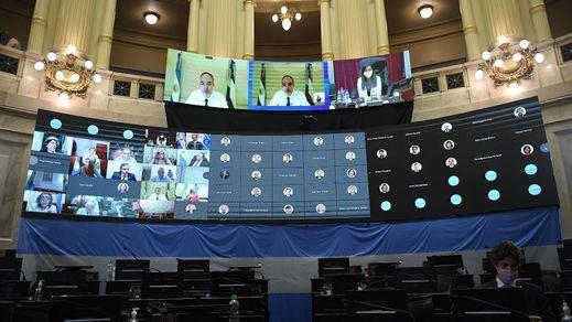 Ya es oficial: Argentina aprueba en el Senado su primera ley de aborto