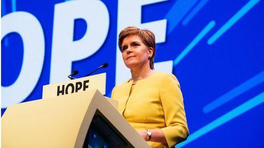 Escocia vuelve al confinamiento estricto de la primera ola