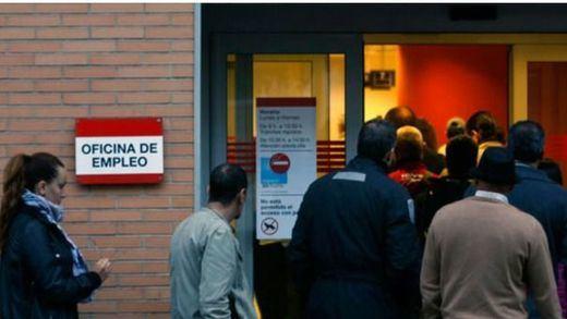 El paro aumentó en diciembre pese a ser un mes bueno para el empleo: 36.825 personas más sin trabajo