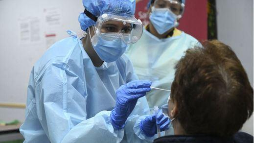 España supera los 2 millones de contagios tras sumar 42.360 casos desde el martes