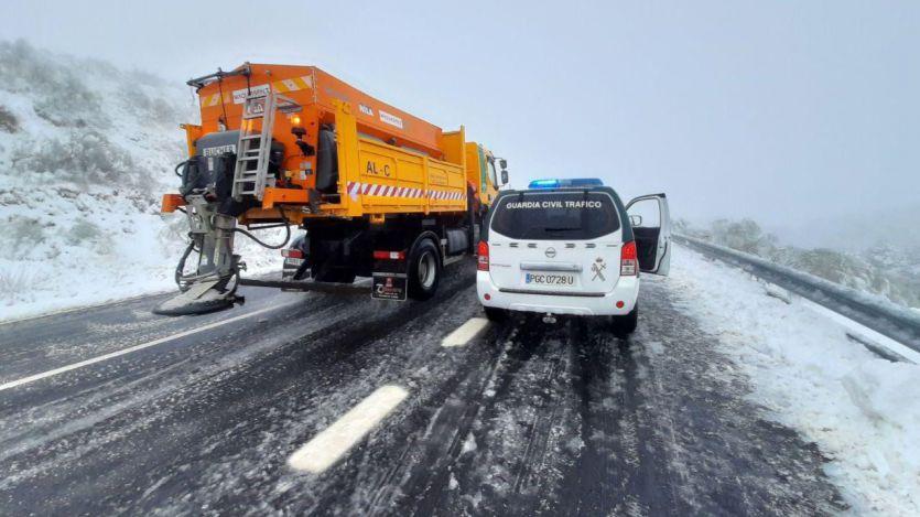 El Gobierno, 'sorprendido por la magnitud del temporal', pide restringir la movilidad al máximo