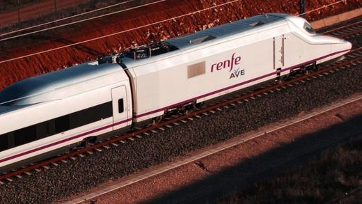 Filomena: Renfe restablece servicios de AVE, Larga Distancia, Avant y Cercanías Madrid