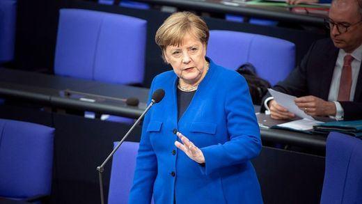 Pandemia: Merkel dice que lo peor está por venir y Francia amplía el toque de queda