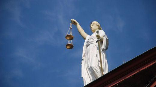 Dónde obtener el doble grado de derecho y criminología como salida profesional