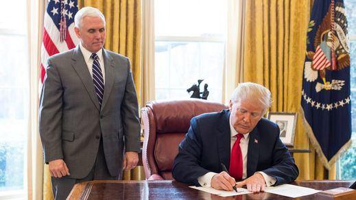 Trump y Pence pactan un blindaje para no caer por el 'impeachment' antes de dejar la Casa Blanca