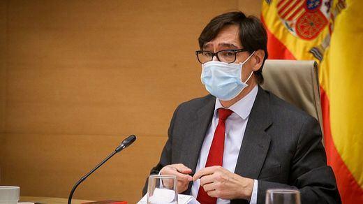 Sanidad y la Junta de Castilla y León chocan por el adelanto del toque de queda