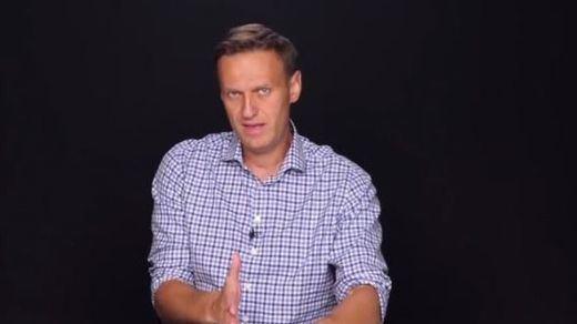 El líder opositor ruso Navalni, detenido nada más regresar a su país