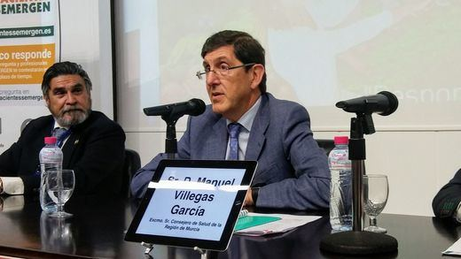 Manuel Villegas defiende su actuación y descarta dimitir por el escándalo de las vacunas