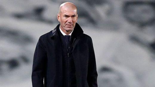 Zidane, positivo por coronavirus, no viaja al partido contra el Alavés