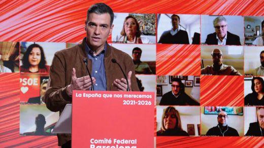 Sánchez: 'Hemos trabajado sin parar para salvar vidas, empleos y empresas'
