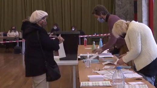 Portugal celebra elecciones en plena pandemia y con el país confinado