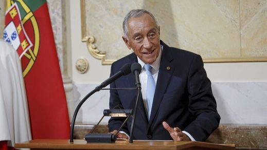 Rebelo de Sousa repetirá como presidente de Portugal tras arrasar en las urnas en plena tercera ola