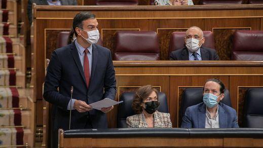 Sesión bronca en el Congreso: Sánchez reprocha a Casado que Abascal