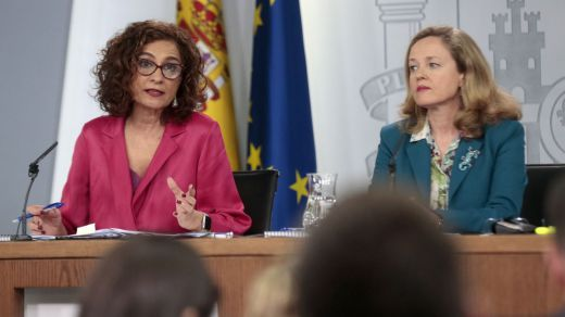 El Gobierno reformará la ley para aumentar las ayudas a autónomos y empresas afectados por la pandemia
