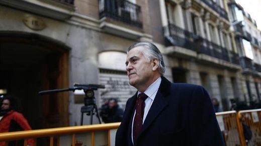 El abogado del PP admite ahora que sí informó de sus reuniones con el enviado de Bárcenas