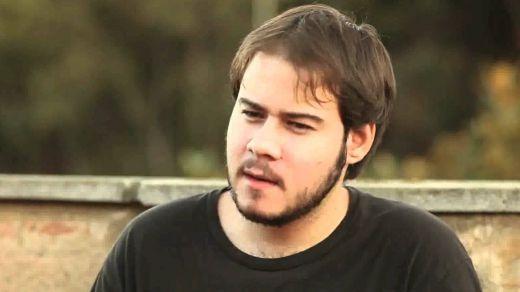 Pablo Hasel no ingresa voluntariamente a prisión y nadie quiere la foto del arresto en plenas elecciones catalanas