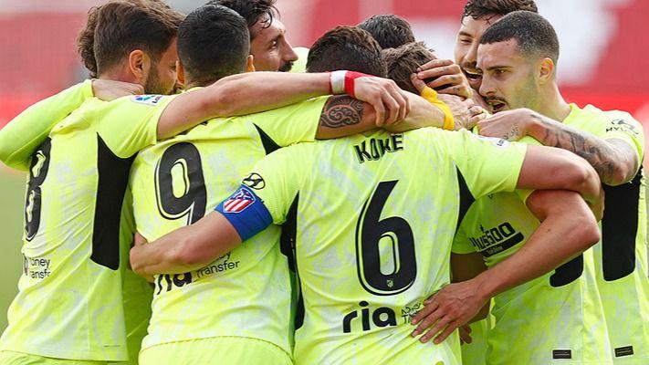 El Atleti sufre para ganar al Granada, pero sigue sumando partido a partido (1-2)