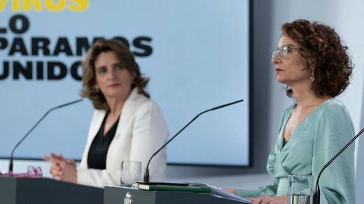 Qué es el 'caso Isofotón' que ha llegado al Congreso y que salpica a 3 ministros de Sánchez