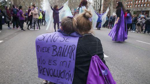 Vox provoca al feminismo pidiendo que el 8 de marzo sea el 'Día Nacional de las víctimas del coronavirus'