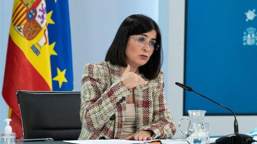 La ministra de Sanidad, Carolina Darias, durante su intervención en la rueda de prensa posterior al Consejo de Ministros