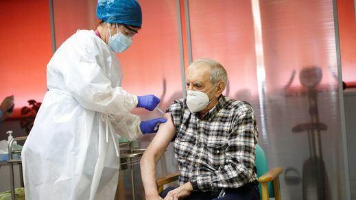 Se desploman los casos de covid en las residencias de ancianos en Madrid por la vacunación