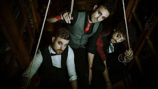 La mejor Marioneta musical nos la trae el grupo Locos de Atar (disfrute con sus dos videoclips)