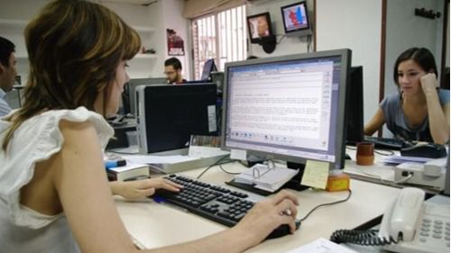 Las mujeres ocupan casi 6 de cada 10 puestos en las administraciones públicas