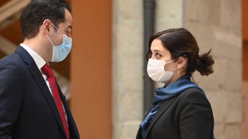 La moción de censura en Murcia pone al gobierno madrileño de Ayuso en el punto de mira