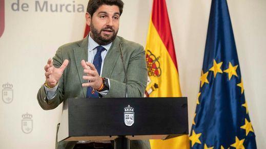 La moción de censura en Murcia, desactivada: el PP 'seduce' a 3 diputados de Ciudadanos
