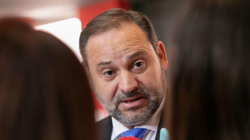 Ábalos acusa al PP de incumplir el Pacto Antitransfuguismo y de llevar a cabo 'un mercado de esclavos'