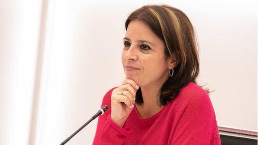 Adriana Lastra acusa a Casado de