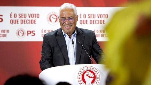 Portugal inicia su desescalada tras 2 meses de confinamiento y una dura tercera ola