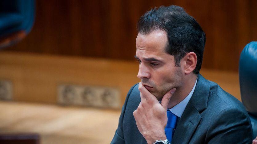 Aguado llama 'pirómana' a Ayuso y deja claro que no quiere 'un gobierno con Vox'